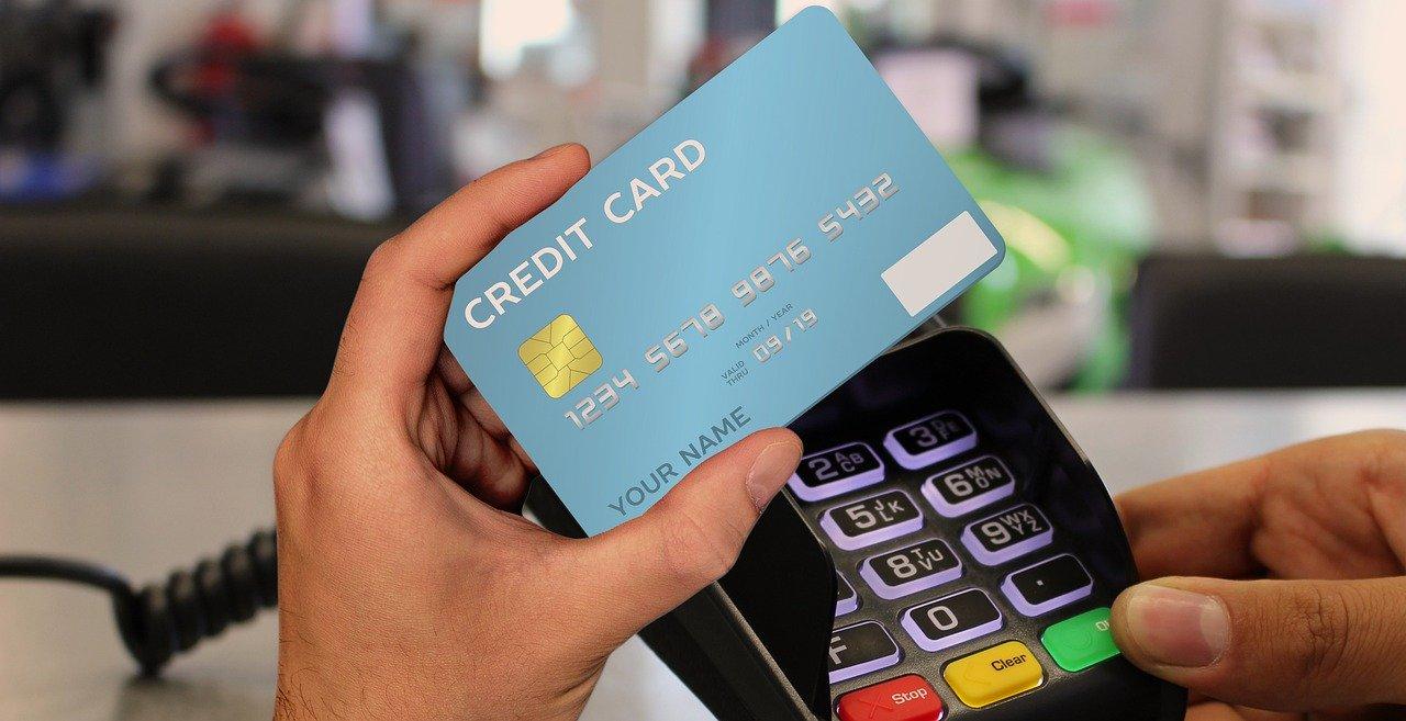 Credit Card Terminal Cashless Card  - geralt / Pixabay